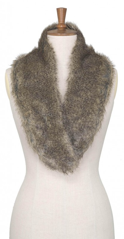 Toggi Berrington Faux Fur Scarf  Blonde